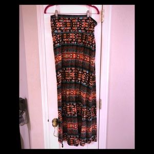 Mossimo Tribal pattern maxi skirt
